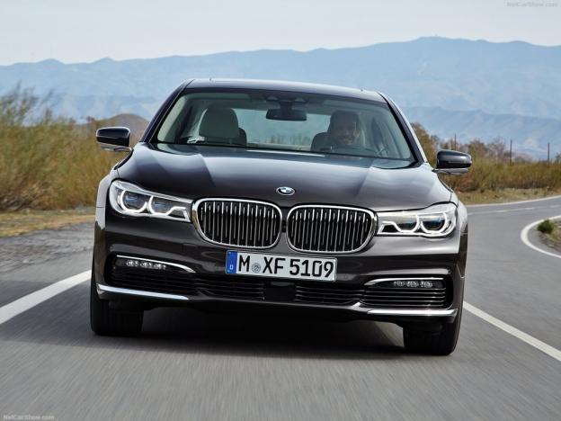 Фото BMW 7 2016 2017 спереди