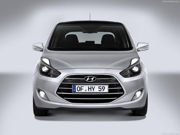 Фото нового Hyundai ix20 2016 2017 спереди