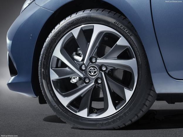 Toyota Auris 2016-2017 (комплектации и цены, фото и видео)